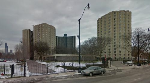 Hilliard Towers Apartments (Chicago, United States)