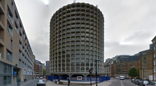 Space House (London, United Kingdom)