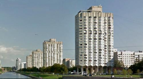 Novosmolenskaya Naberezhnaya 2-8 (St Petersburg, Russia)