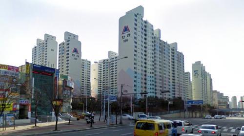 Housing (Busan, South Korea)