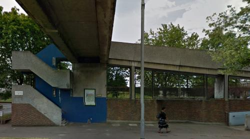 Yarnton Way, Thamesmead (London, United Kingdom)